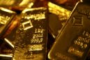 Gold Rallies, Spread Balloons as Investors Charge Into Bullion